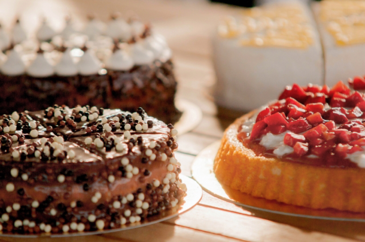ケーキ 多数