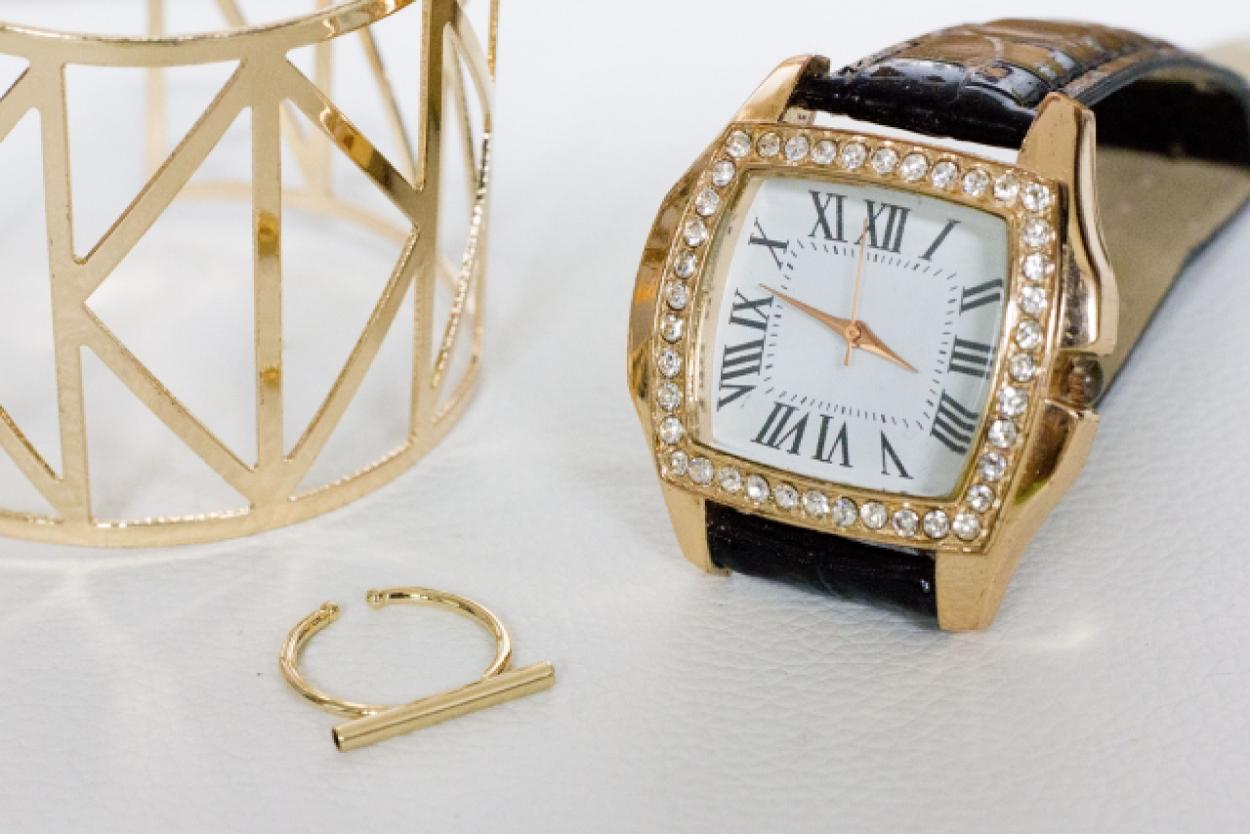 時計 アクセサリー