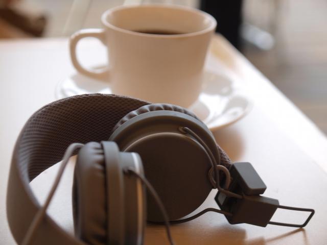 ヘッドホン コーヒー