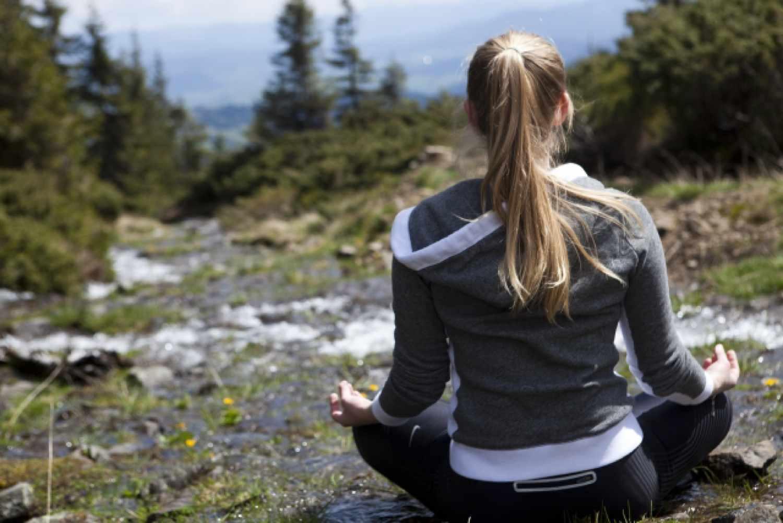 エクササイズ 山 瞑想