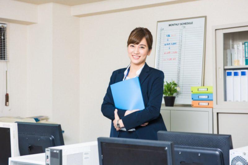 女性 OL ビジネスパーソン オフィス