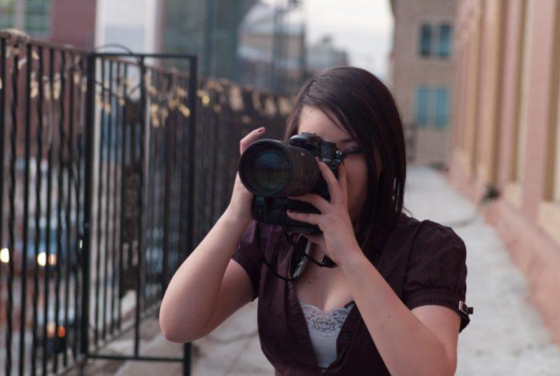コンパクトデジタルカメラ 女性 カメラ女子