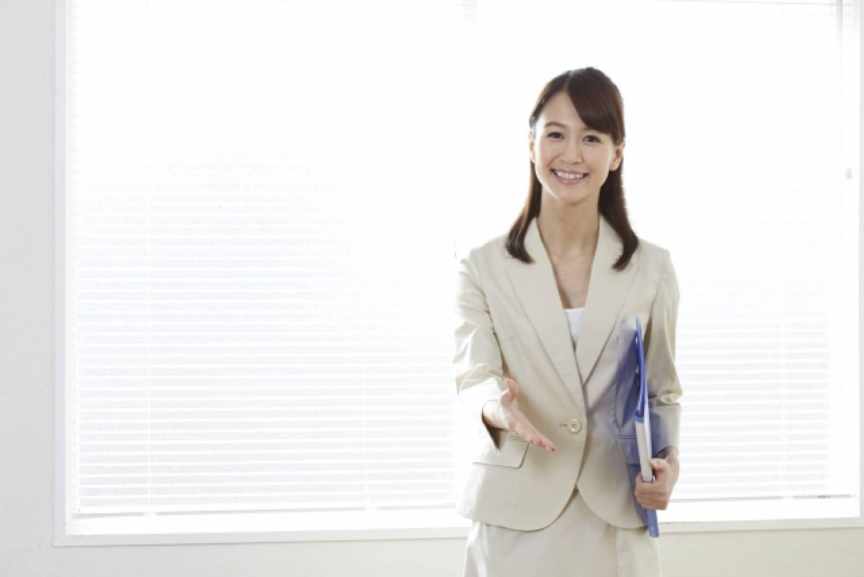 女性 ビジネスパーソン OL オフィス