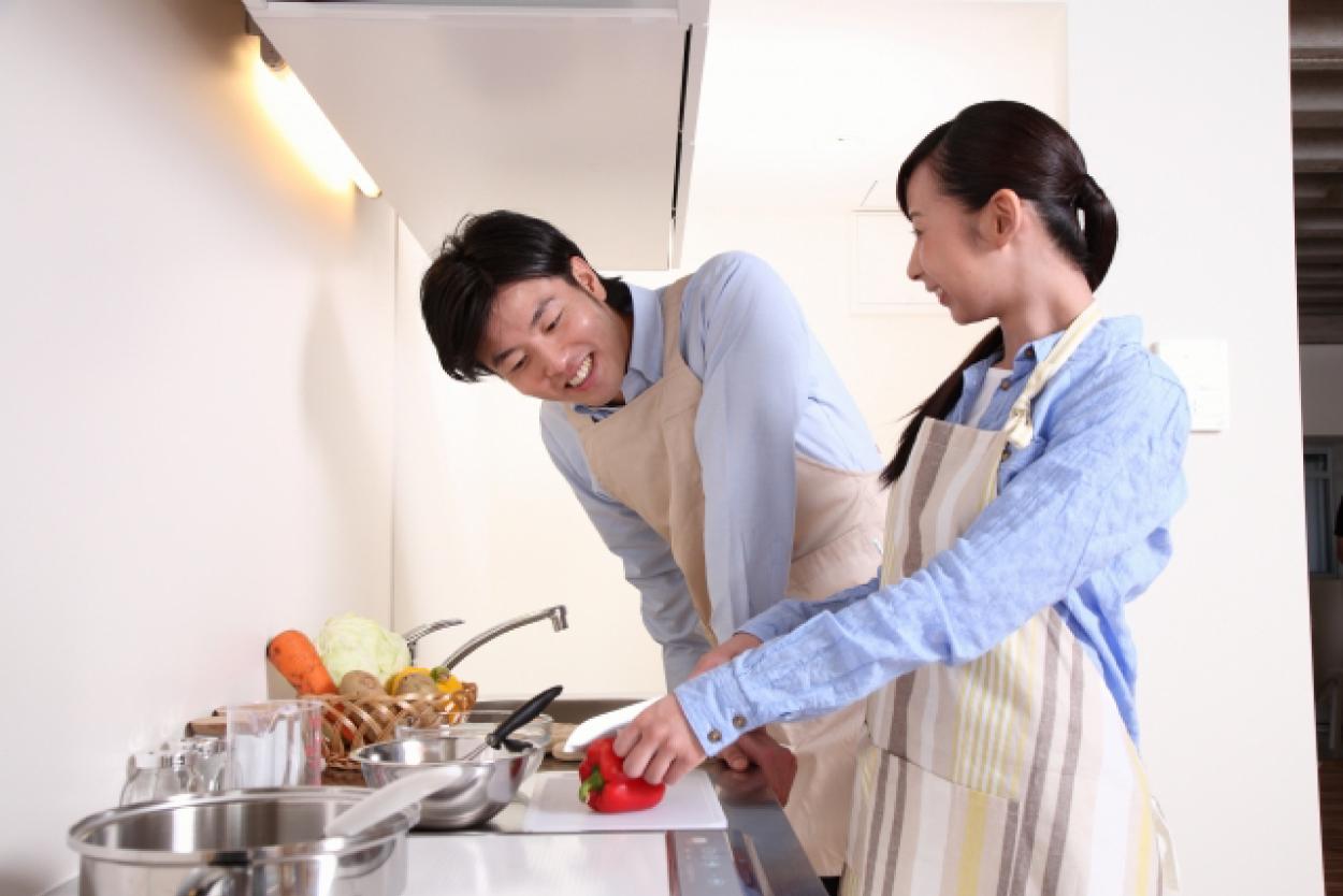 料理 カップル キッチン