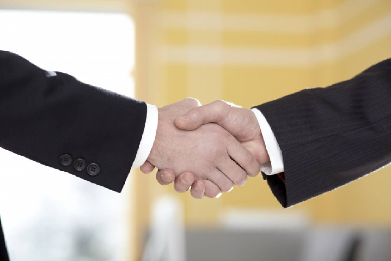 外国人 握手 シェイクハンド