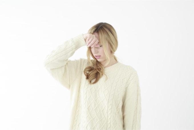女性 熱 頭痛 体調不良