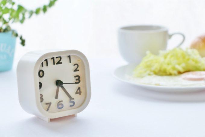 目覚まし時計 時計