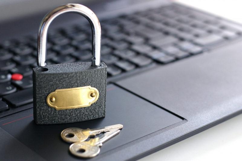 ノートパソコン セキュリティ