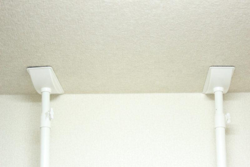 家具 転倒防止 突っ張り棒