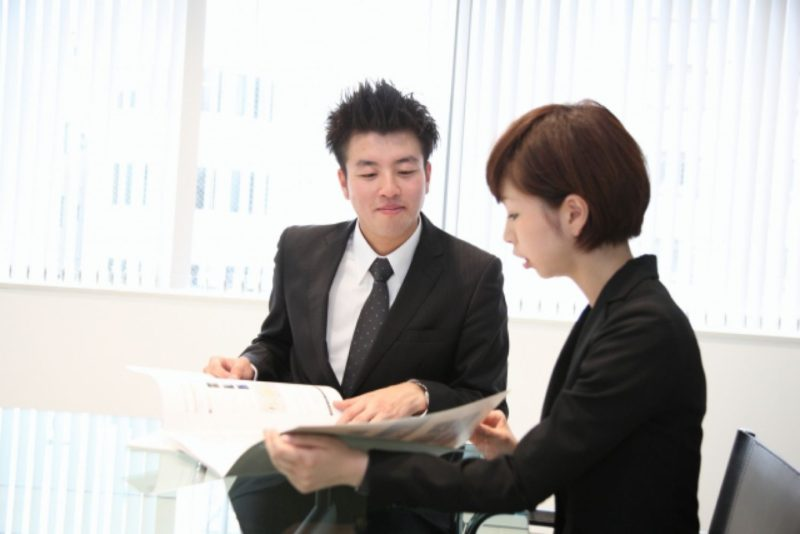 オフィス ビジネスパーソン 男性 女性