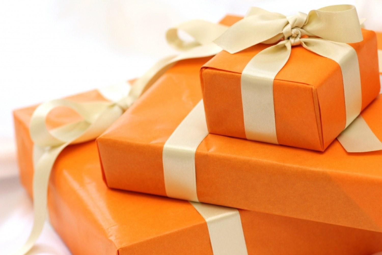 プレゼント 買い物 欲しいモノ