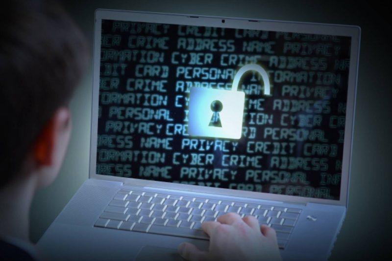 パソコン 鍵 セキュリティ