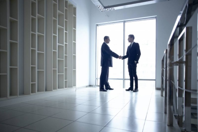 男性 オフィス ビジネス