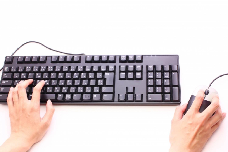 キーボード 手 マウス